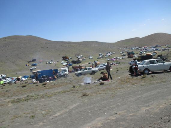تصاویری از سیزده بدر در کوه قلی آباد کبودراهنگ