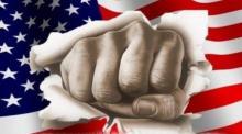 آمریکا از درون در حال خودفروپاشی است